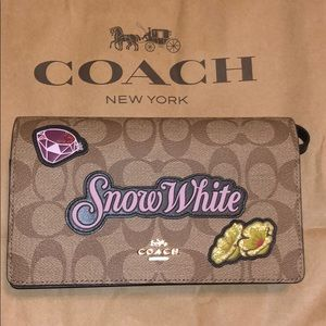 100% Authentic Coach Disney Snow White Crossbody